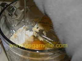 ajout oeufs dans la recette du far breton